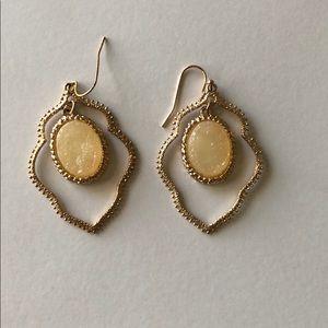 Gold/cream earrings